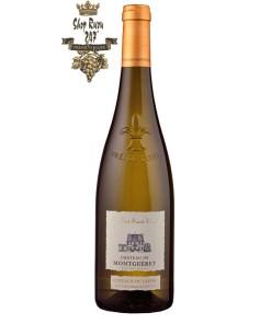 Rượu vang Pháp Château de Montgueret Coteaux du Layon có Vị ngon ngọt, rượu chỉ là một chút quá rõ ràng với hương vị táo phong phú và độ nhớt dày