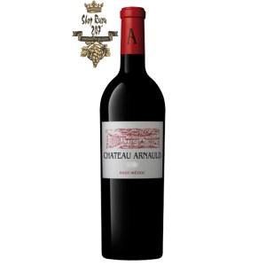 Vang Pháp Đỏ Chateau Arnauld Haut Medoc Cru Bourgeois có mầu đỏ ruby đậm. Hương thơm là sự lan tỏa của trái cây chín đỏ và mocha