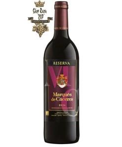 Vang Tây Ban Nha Marques de Caceres Reserva Rioja DOC có màu anh đào tối. Hương thơm phức tạp của trái cây mầu đỏ chín