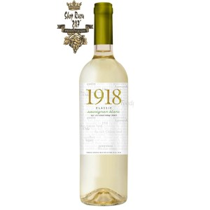 Rượu Vang Trắng 1918 Classic Sauvignon Blanc có mầu vàng nhạt tươi sáng. Hương thơm của mầu xanh lá cây, cam quýt và táo xanh