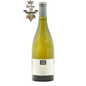 Rượu vang trắng Clos Teddi Grande Cuvée Patrimonio Blanc 2019 White có mùi vị ngọt ngào của nho chín và các loại trái cây nhiệt đới, hương thơm tinh tế
