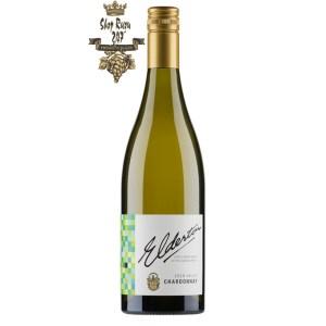 Vang Trắng Úc Elderton Chardonnay có mầu vàng rơm nhạt. Hương thơm tinh tế của đào trắng, gỗ sồi, vani