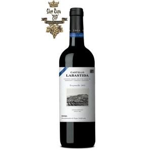 Rượu vang Castillo Labastida Rioja DOC Tempranillo được tạo nên bởi nho Tempranillo – giống nho nổi tiếng của đất nước Tây Ban Nha.