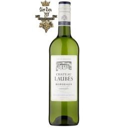 Rượu Vang Pháp Chateau Laubes White có màu vàng ánh xanh pha chút xám đẹp mắt. Nổi bật lên hương thơm của