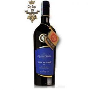 Vang Ý Rosso Di Note Nero D'Avola Cabernet Sauvignon có màu đỏ hồng ngọc trong sáng. Hiện lên hương thơm