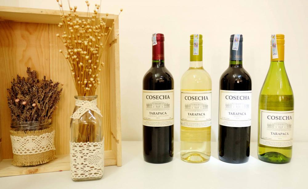Mặc dù thường kết hợp với nhau, rượu vang tự nhiên không phải lúc nào cũng hữu cơ. Một loại rượu vang