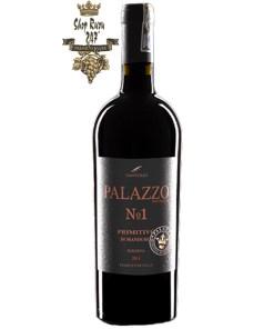 Rượu Vang PALAZZO No1 Primitivo Di Manduria có màu đỏ đậm sâu của Primitivo rất cuốn hút. Hương thơm của anh đào , nho đen