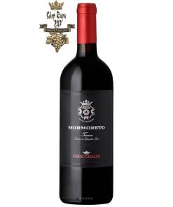 Rượu Vang Castello Nipozzano Mormoreto Toscana 2015 có màu đỏ ruby, phản chiếu ánh tím. Trên mũi nồng nàn hương trái cây