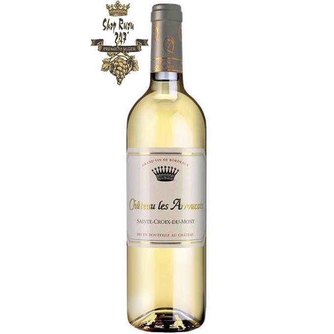 Vang Trắng Château Les Arroucats 2015 Sainte-Croix-du-Mont được làm từ 80% Sémillon, 17% Sauvignon, 3% Muscadelle thu hoạch muộn