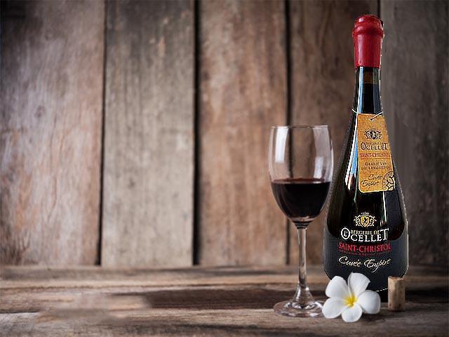 Vang Đỏ Pháp Vignobles Vellas Bargerie de L'Ocellet 2013 được sản xuất bởi Vignobles Vellas, là một loại rượu vang đỏ từ tên gọi