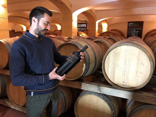 Chúng ta đều biết rằng nhiệt độ của rượu vang có thể ảnh hưởng đáng kể đến hương vị và hương thơm của nó