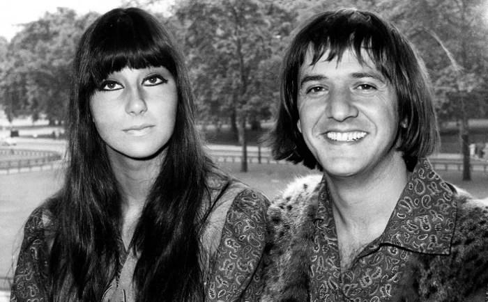 Певица Шер и ее бывший муж музыкант Сонни Боно
