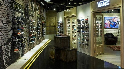 LE WAY sneaker store 313@Somerset Singapore