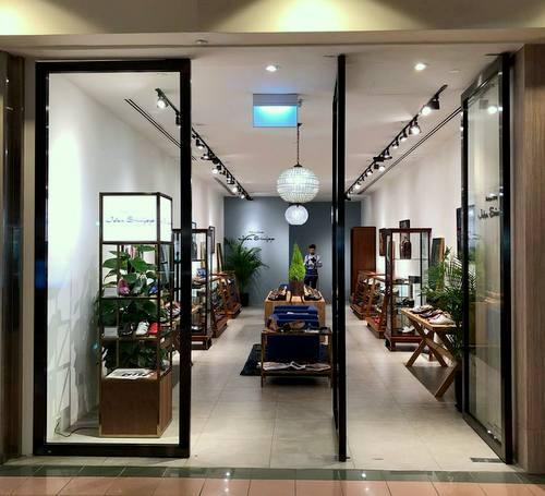 Jalan Sriwijaya shoe boutique at Ngee Ann CIty in Singapore.