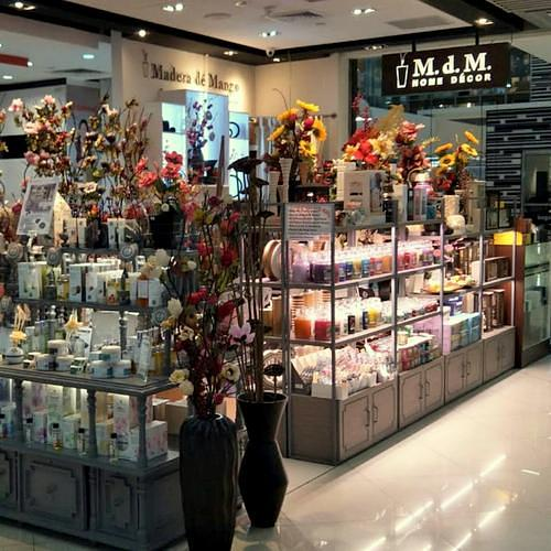 Madera de Mango home decor & aromatherapy shop at Causeway Point mall in Singapore.