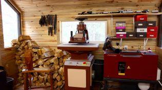 JAW Bootmaking Equipment 3