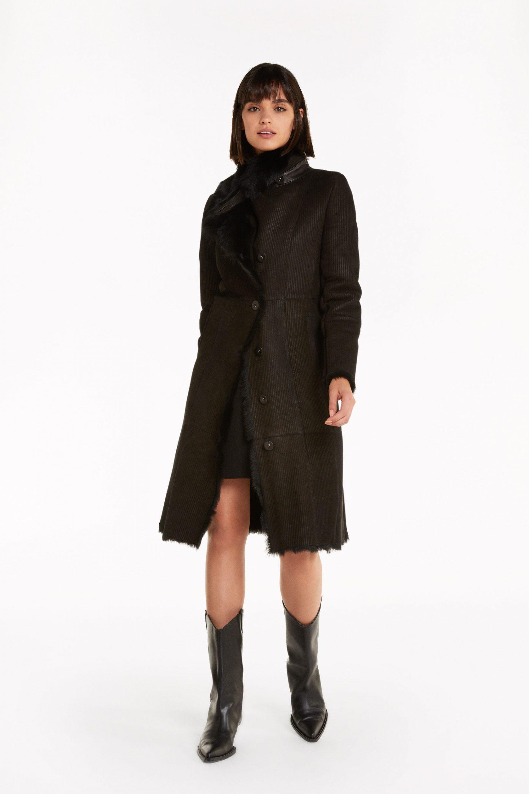 Abbigliamento Patrizia Pepe  Shearling lungo in vera pelle Black female collezione 2020 shop the look