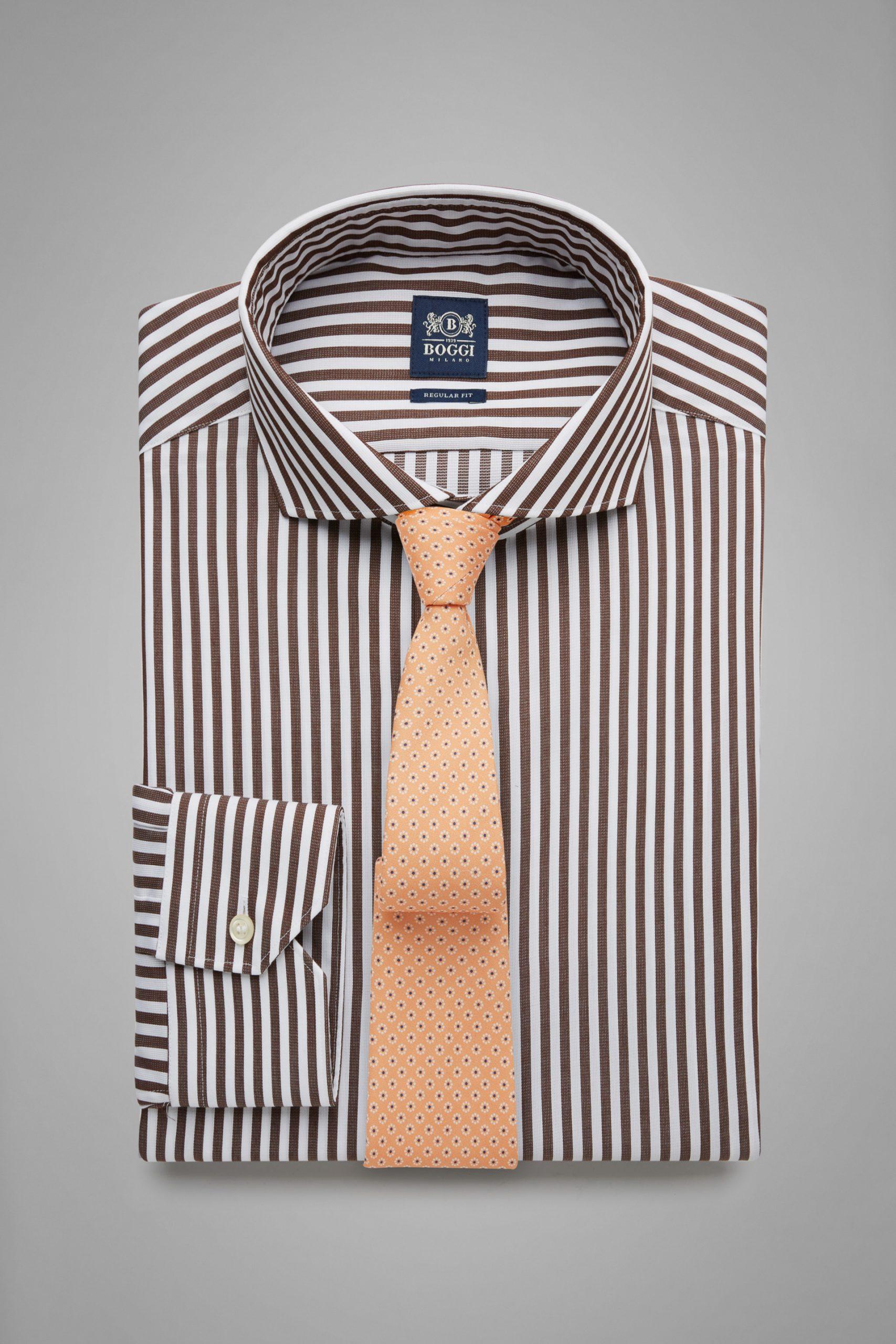 Camicie da uomo in colore Moro in materiale