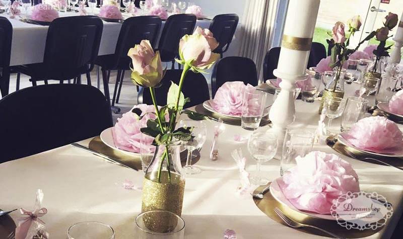 barnedåb guld og lyserød bordpynt inspiration til borddækning barnedåb