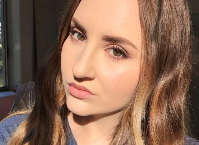 Shop with Kendallyn, Blog Product Review, EUYIRA Korean Skin Care, Selfie, Kendallyn on Instagram Self Portrait