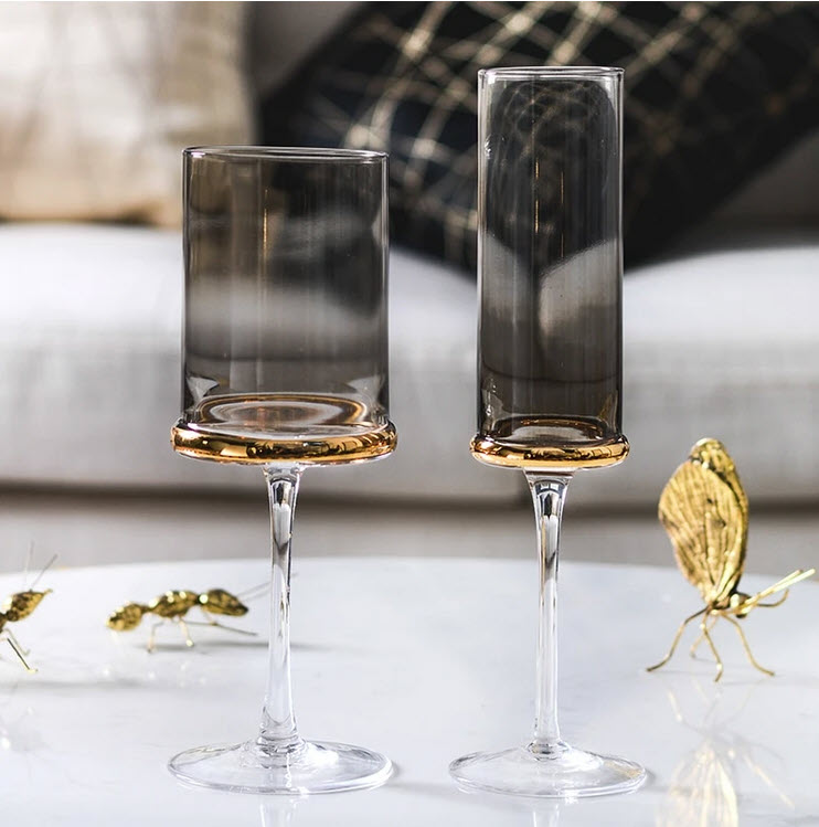 Paulo glasses that include a champagne flute and wine glass