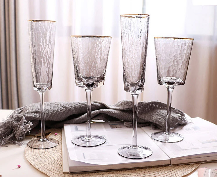 hauge glasses that include champagne flutes and wine glasses