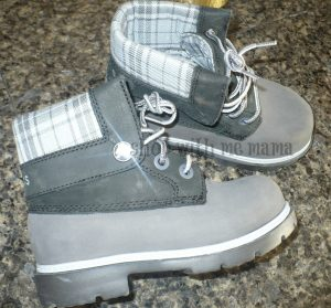 Kid's Crocs Cobbler Plaid Lined Boot (Review)