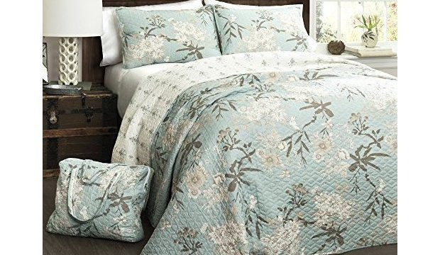 Beautiful Bedding, Quilts, Comforters And More (Giveaway)