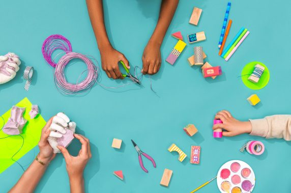 Encouraging Creative Play Between Parents And Children