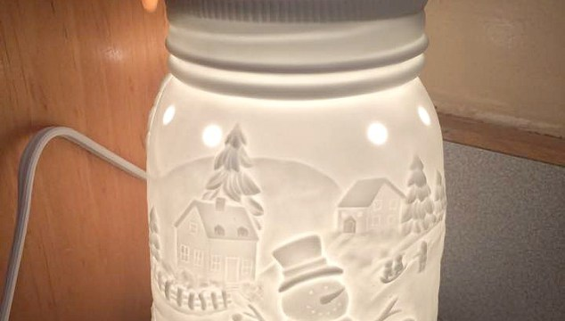 Shop Scentsy's Holiday Collection!