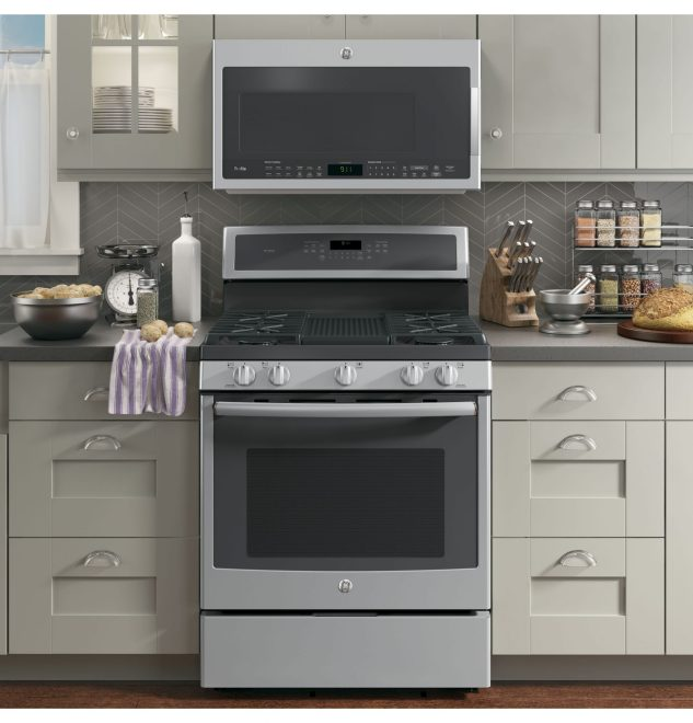 Best Buy Can Help You Prep Your Home For Entertaining This Holiday Season
