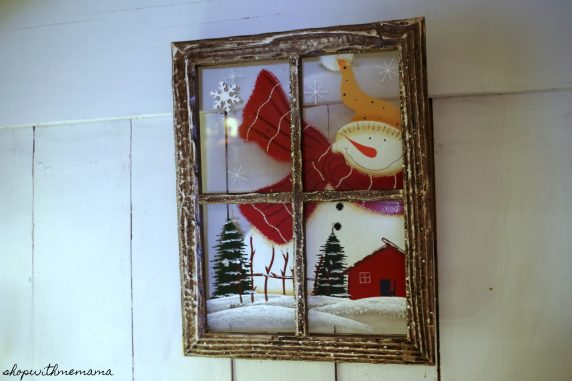 Inexpensively Decorate Your Home For The Holidays