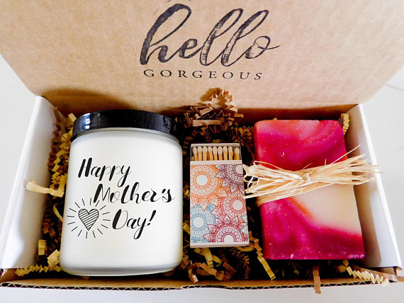Handmade Gifts For The Best Mom Ever From Etsy!