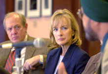 Judy Woodruff listens to a questioner at the T.H. White Seminar.