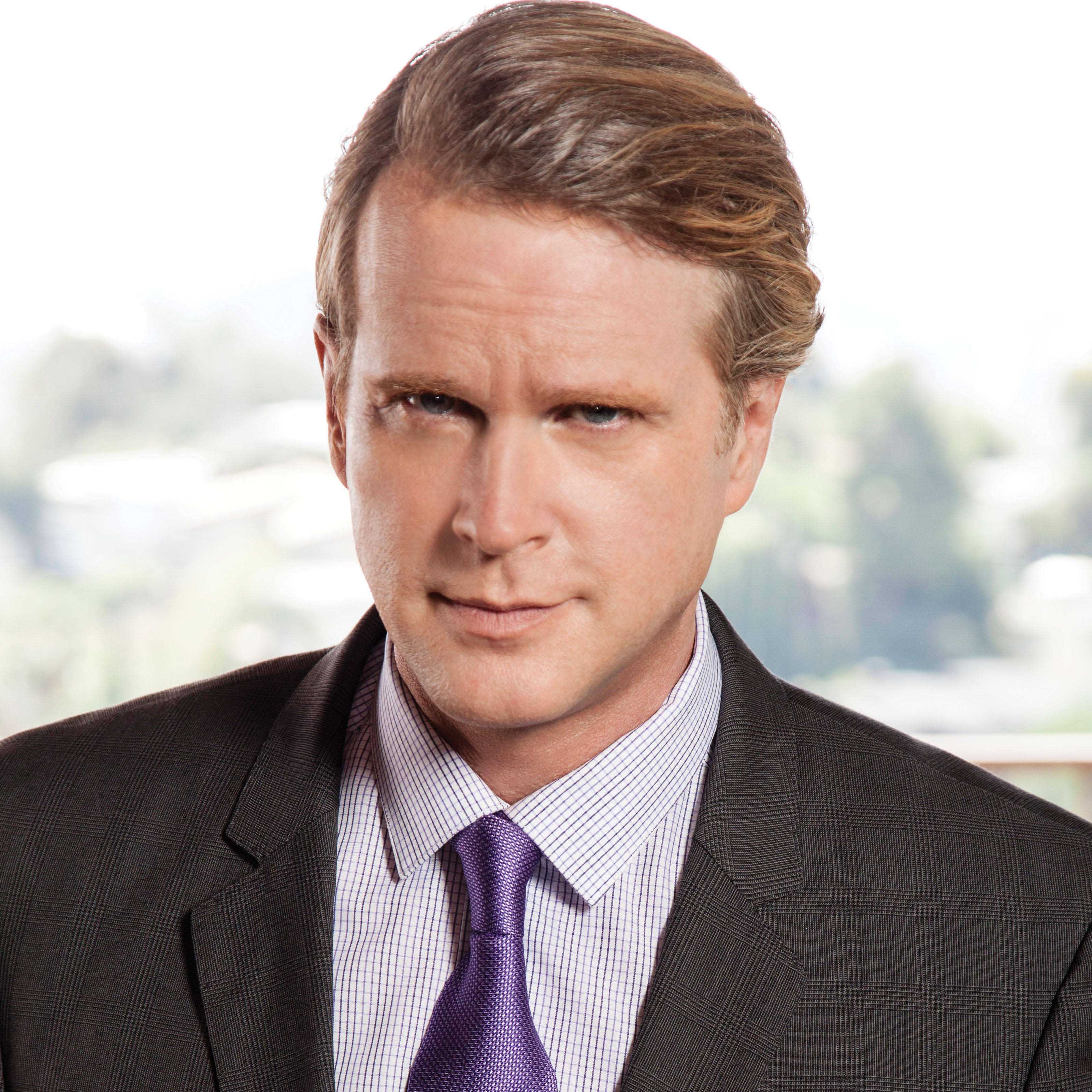 Cary Elwes Biography • Actor • Profile