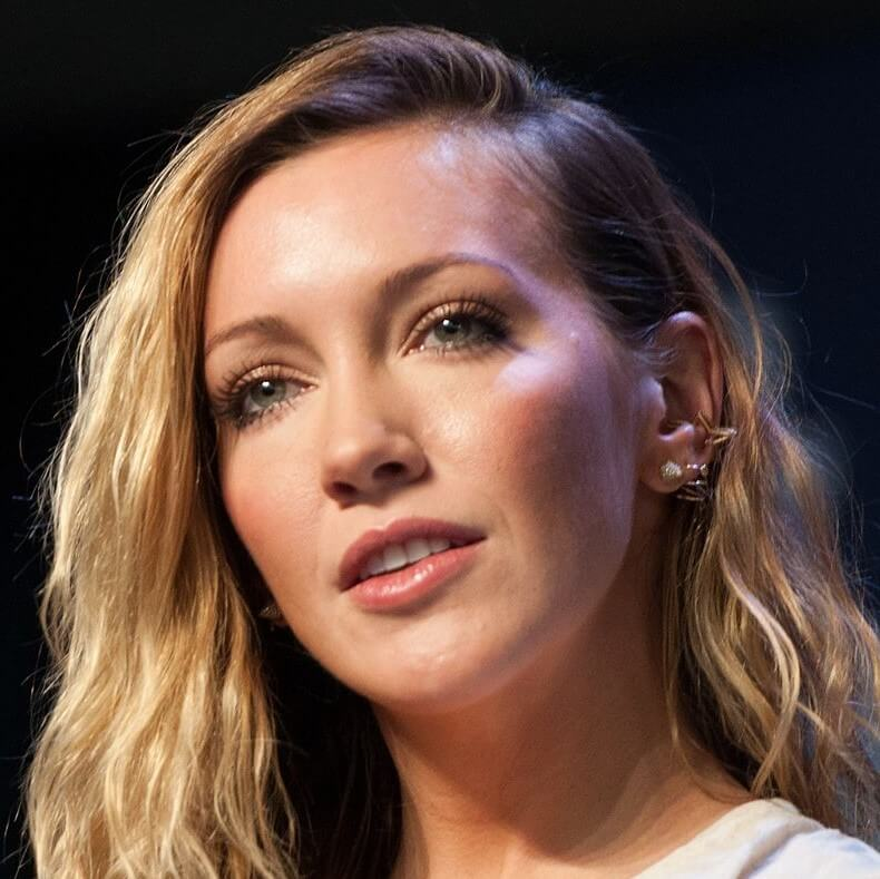 Katie Cassidy face