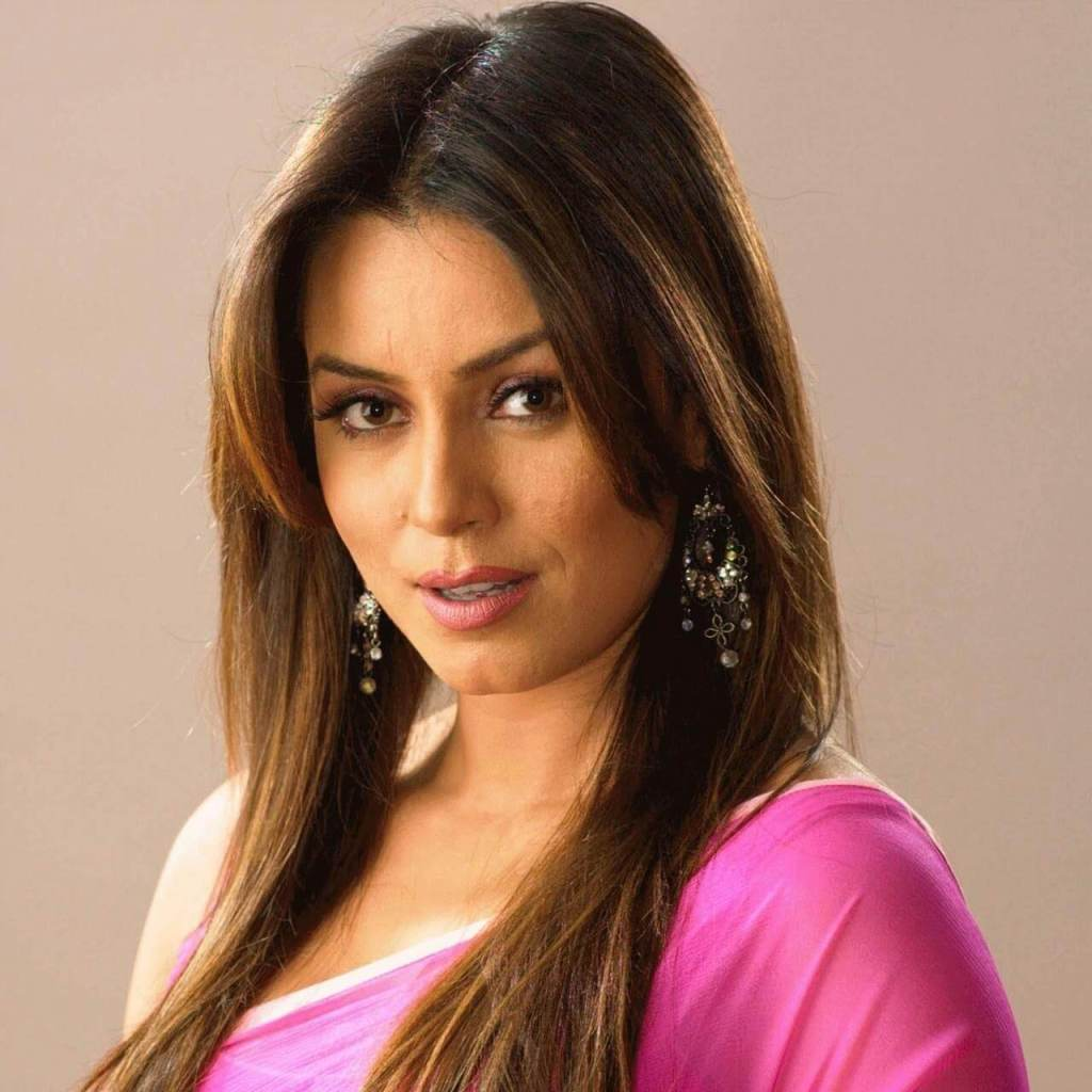 Mahima Chaudhry Actress