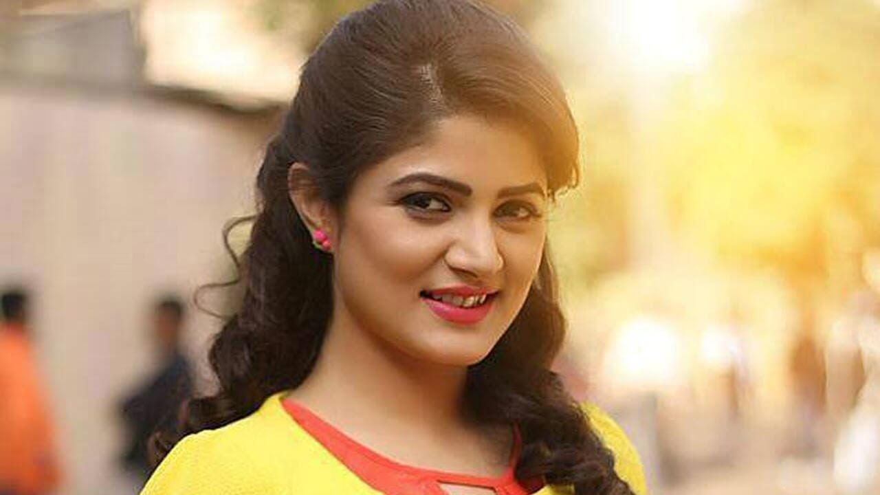 Tolly Actress Srabanti Chatterjee
