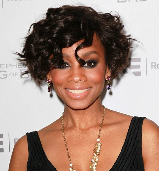 short wavy hairstyles for black women over 40 | Short ...
