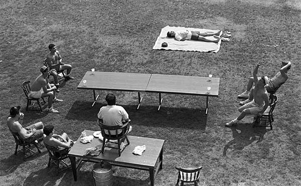 Beer Die, or Snappa, Being Played