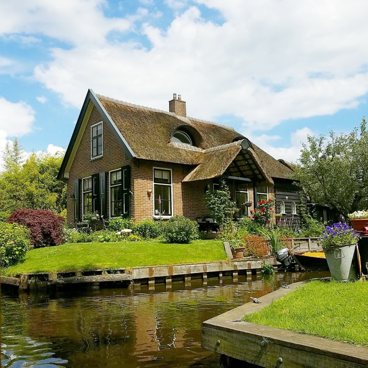 How to Get to Giethoorn – Day Trip from Amsterdam