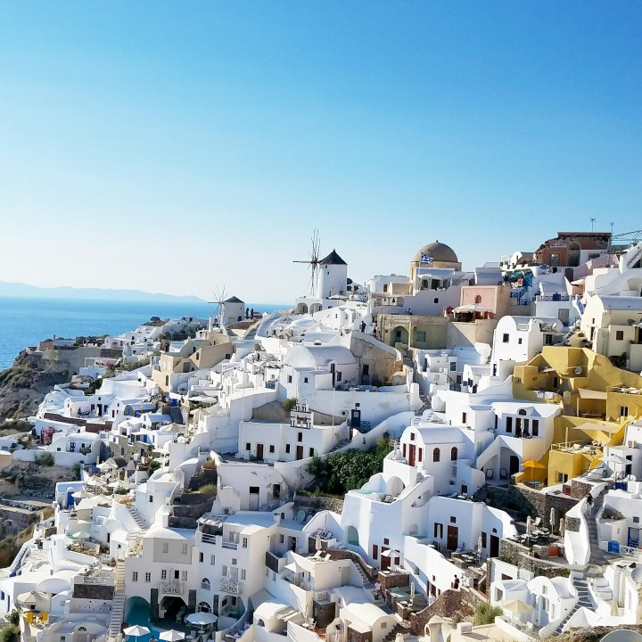 Travel Tips for Santorini – Know Before You Go