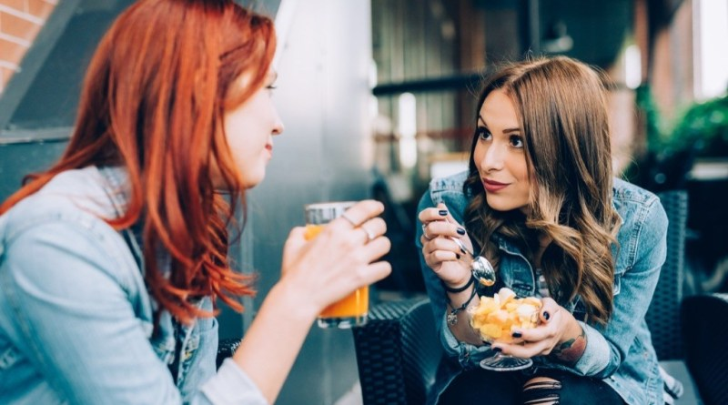 5 Ways You're Oversharing About Your Relationship (And How To Stop)