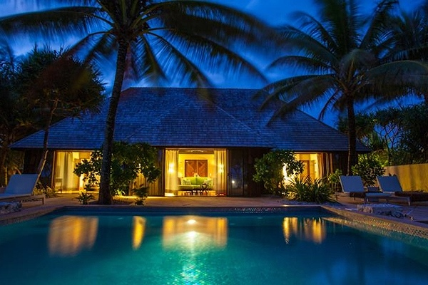 The St. Regis Bora Bora Resort6