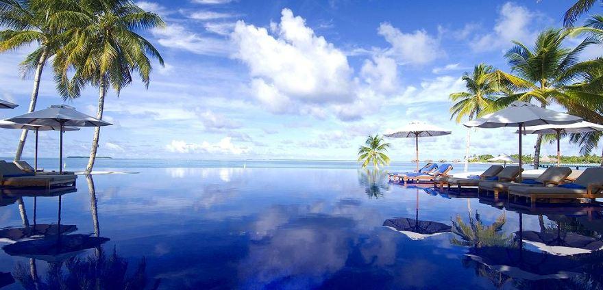 conrad-maldives_infinity-view-pool