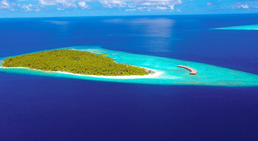 filitheyo-island-resort-4