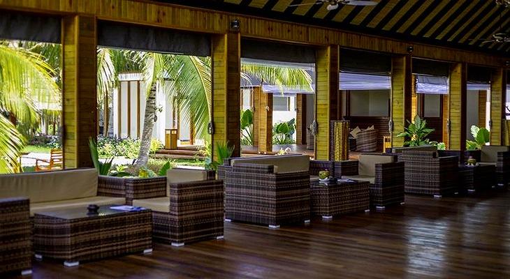 furaveri-island-resort-spa-11