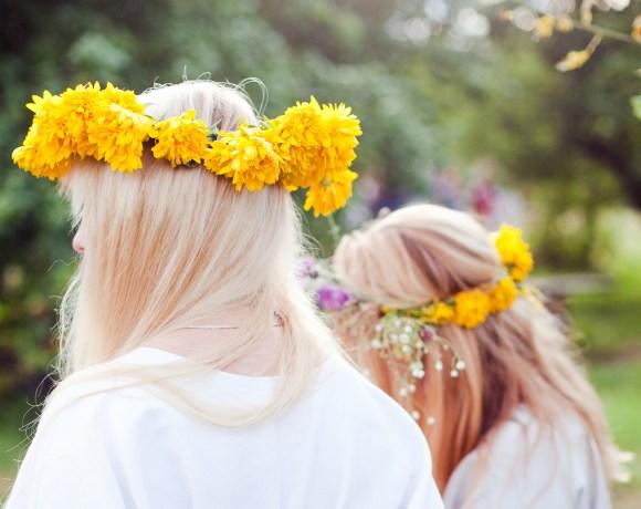 flower crowns in Romuva camp