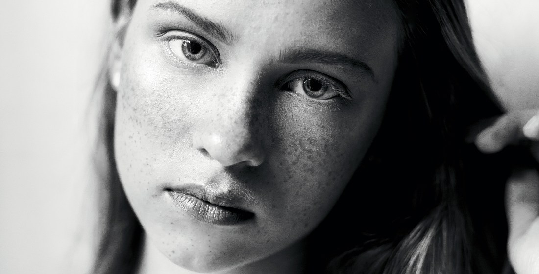 freckles portrait of Laura Muraliova @ Ruta model management by Ailera Stone