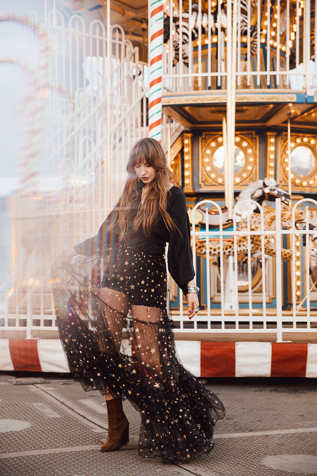 Sara Louise blogger photoshoot shot in Winter Wonderland by London photographer Ailera Stone
